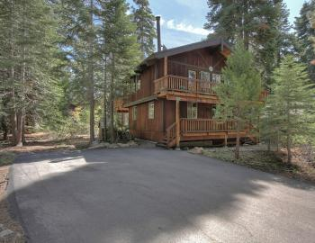 North lake tahoe cabin rentals agate bay realty for Tahoe city cabin rentals